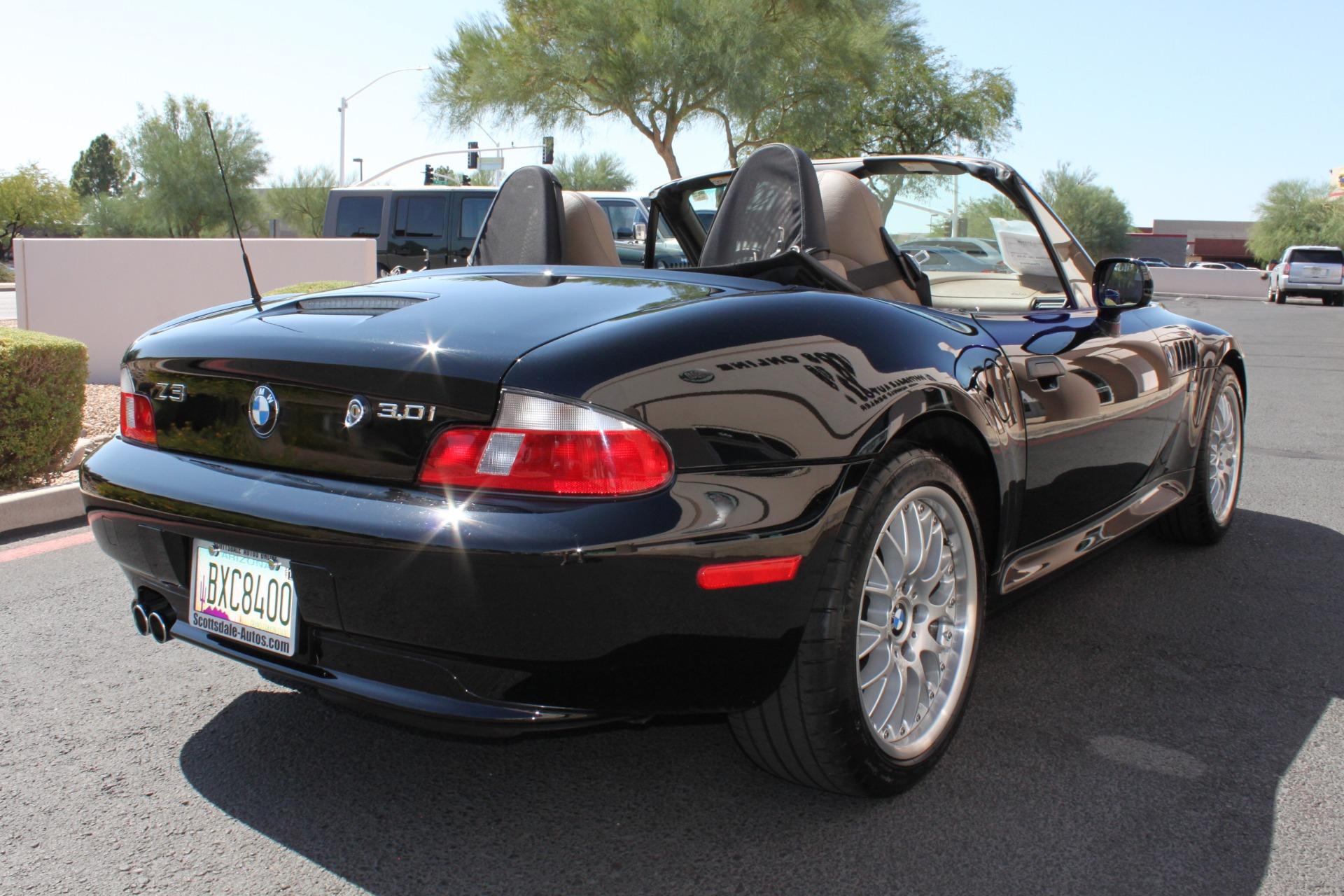 Used-2001-BMW-Z3-Roadster-30i-New-Ferrari-Lake-County
