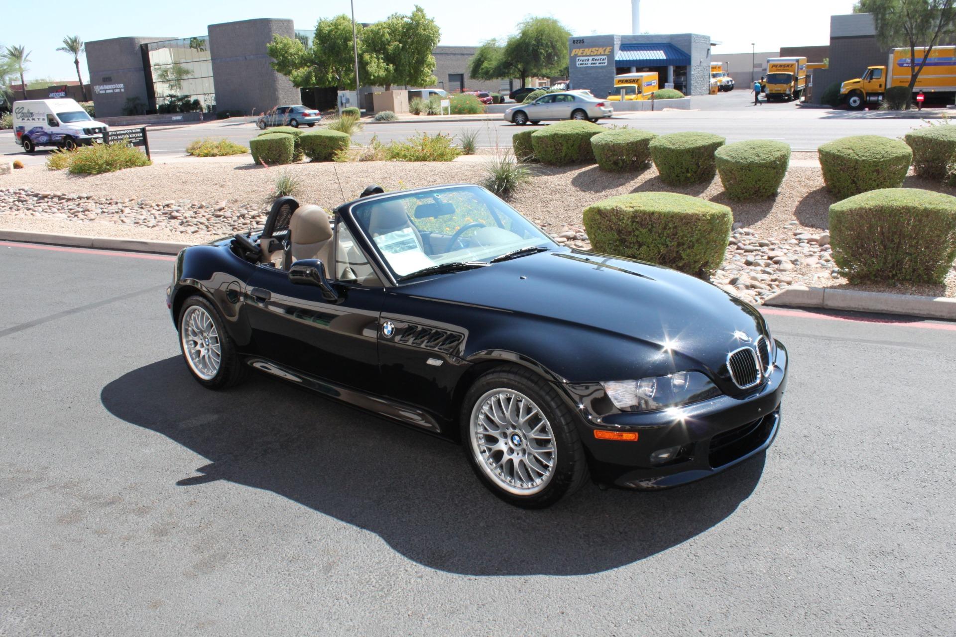 Used-2001-BMW-Z3-Roadster-30i-LS400