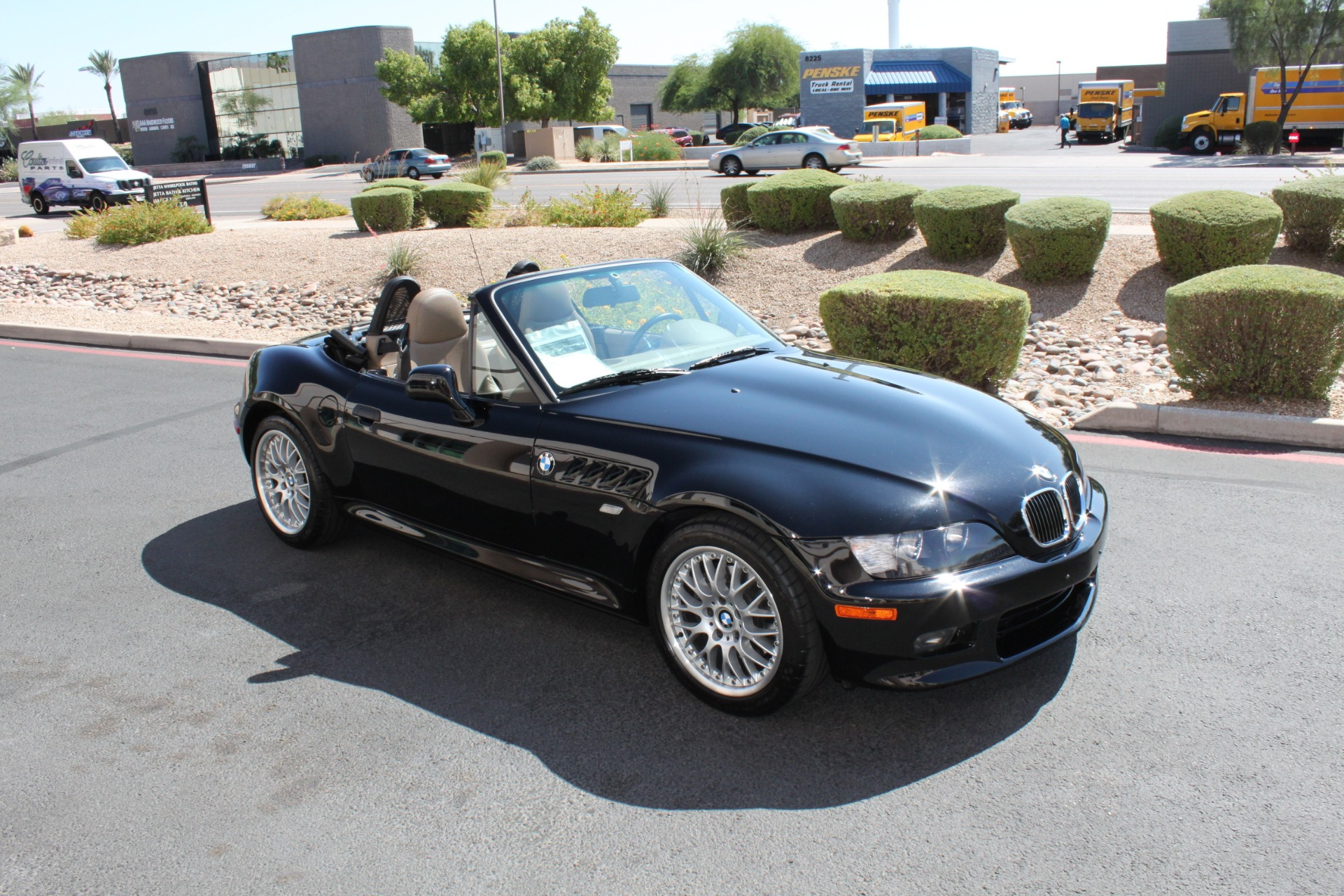 Used-2001-BMW-Z3-Roadster-30i-LS430