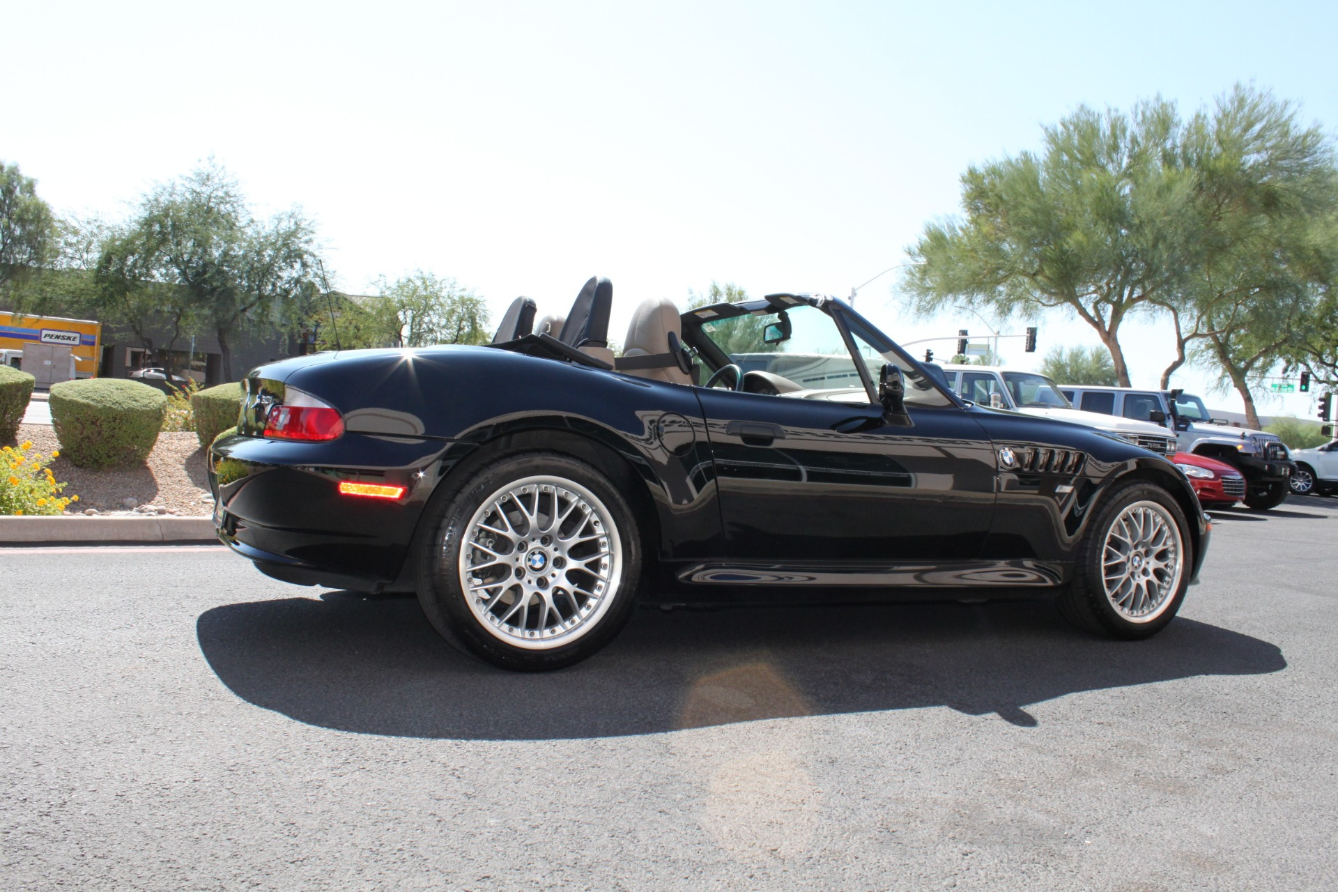 Used-2001-BMW-Z3-Roadster-30i-Honda