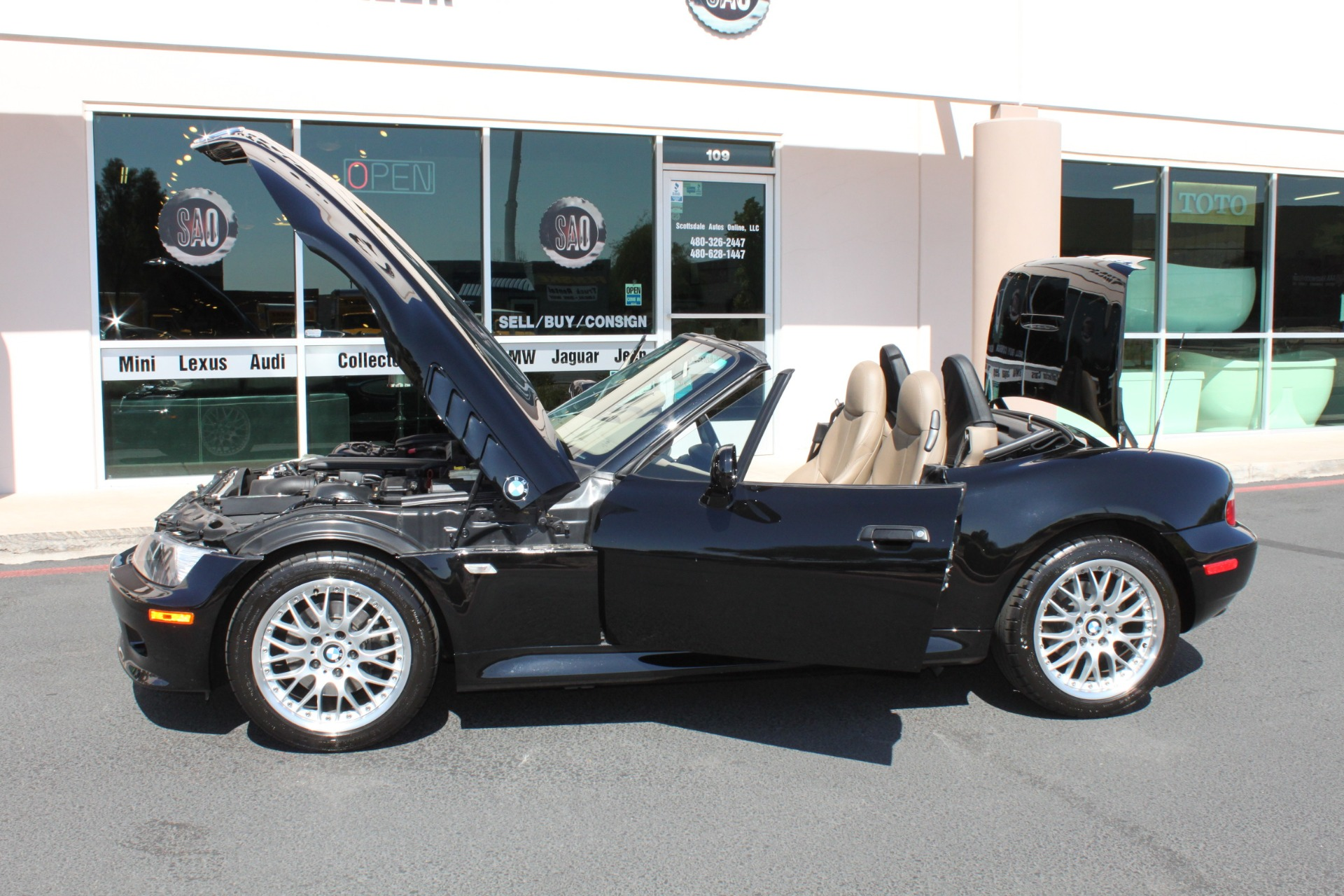 Used-2001-BMW-Z3-Roadster-30i-Ferrari-Dealership-Lake-Forest