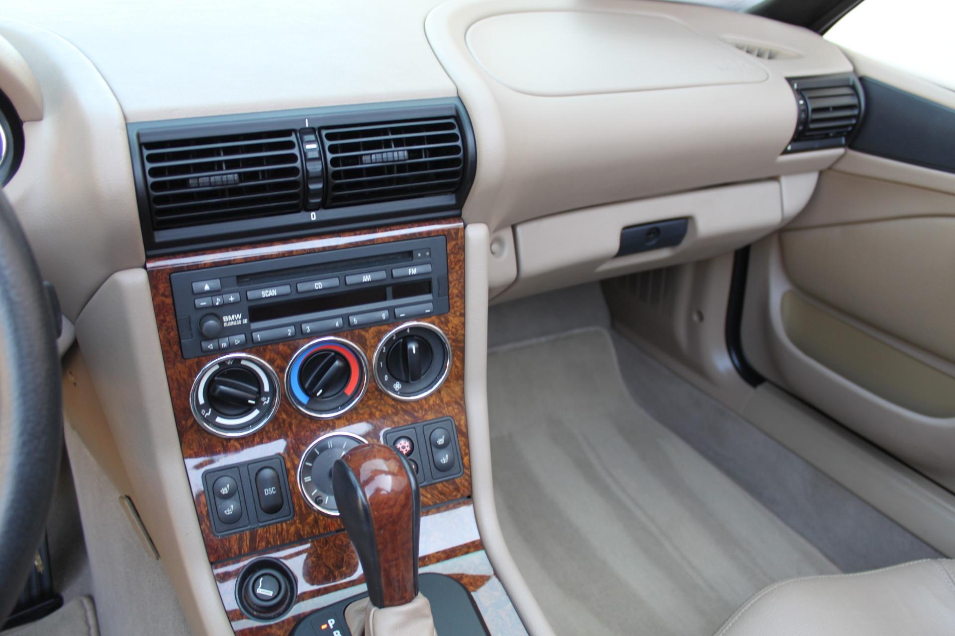 Used-2001-BMW-Z3-30i-Roadster-Jeep