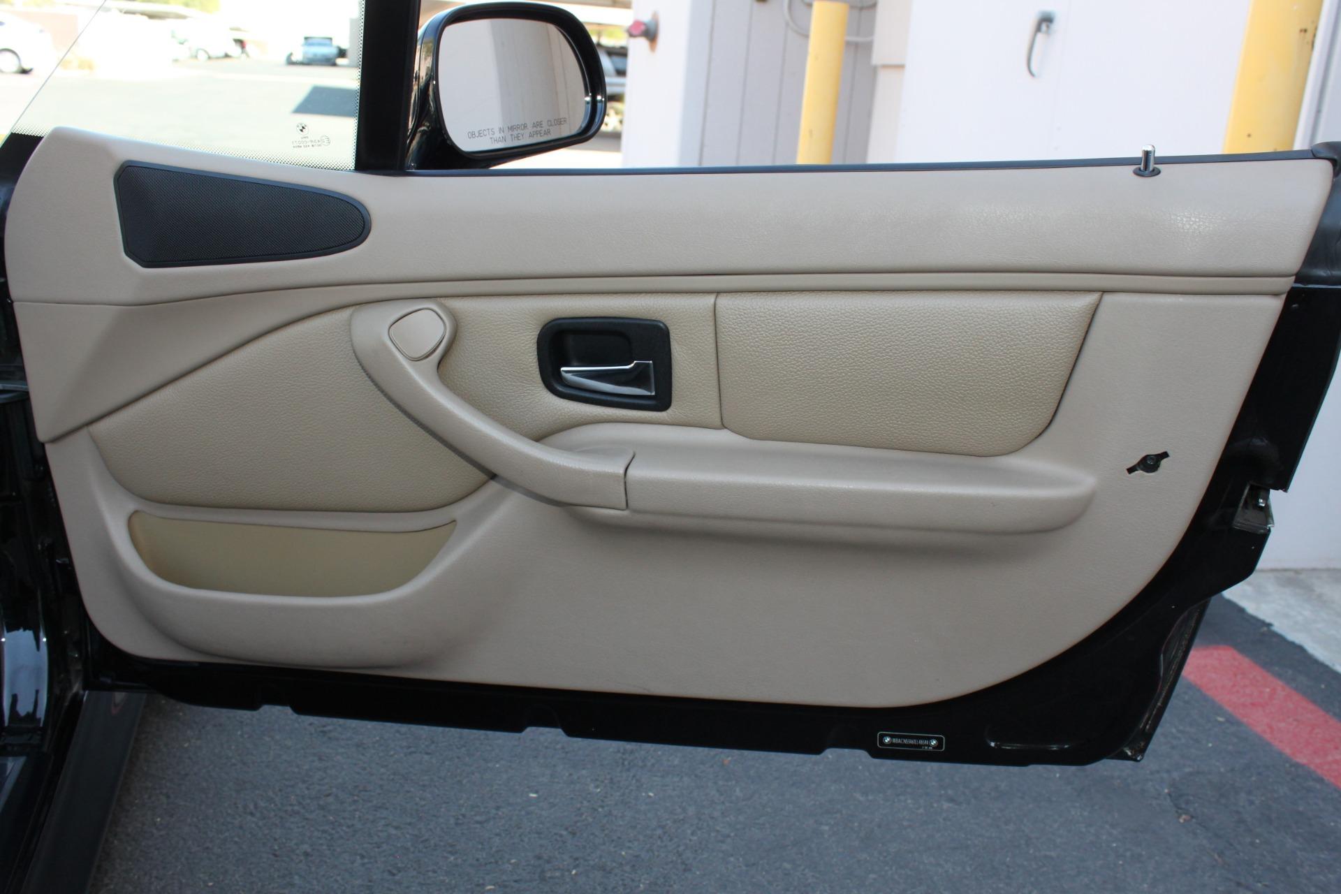 Used-2001-BMW-Z3-Roadster-30i-Classic
