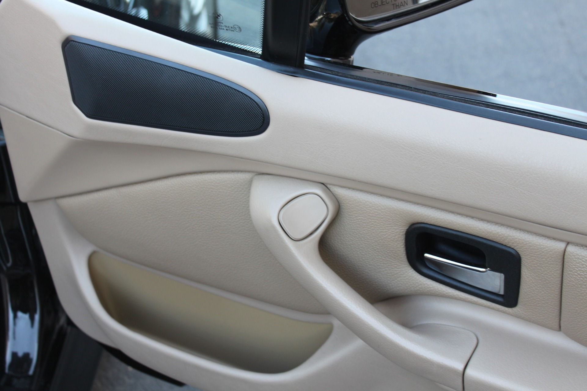 Used-2001-BMW-Z3-Roadster-30i-New-use-car-dealer-IL