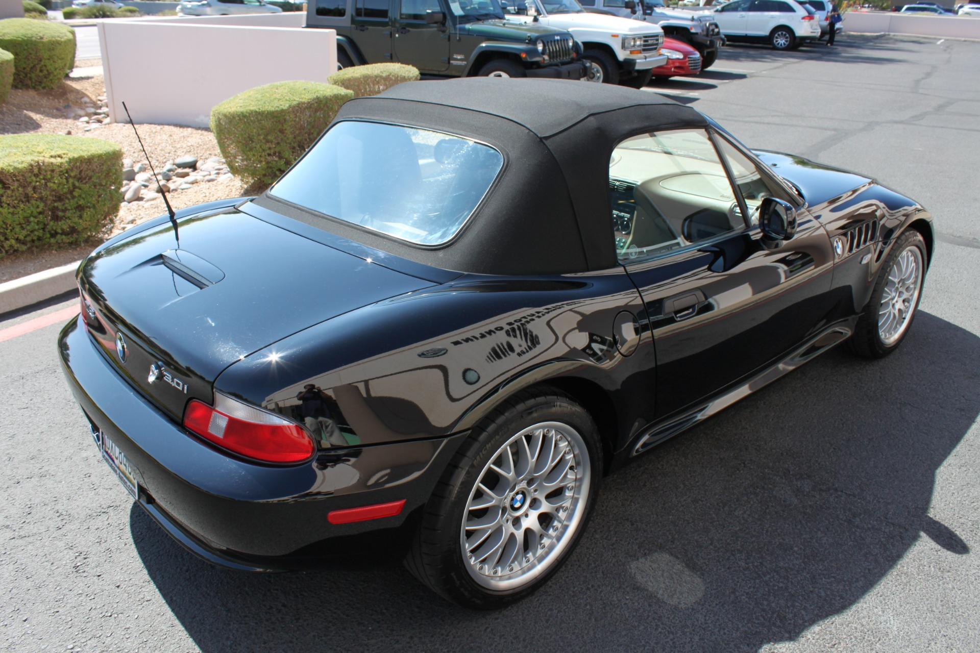 Used-2001-BMW-Z3-Roadster-30i-Collector