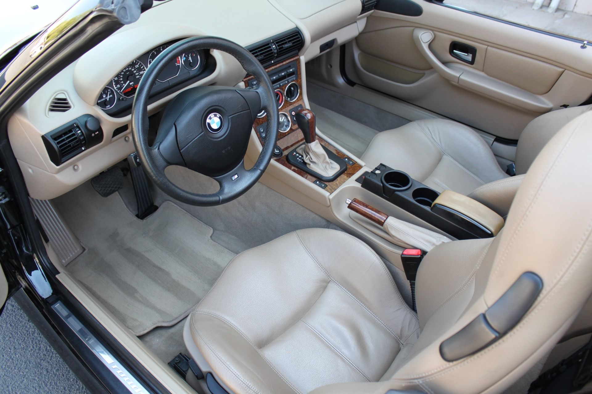 Used-2001-BMW-Z3-30i-Roadster-Collector
