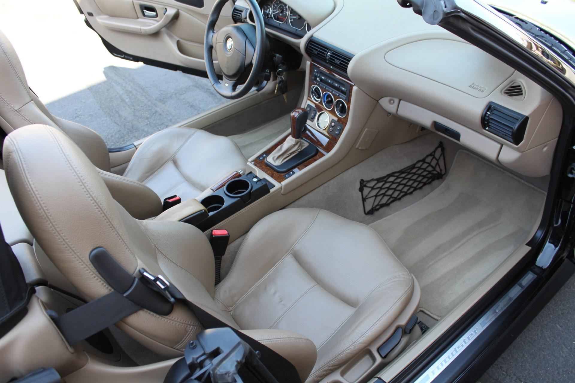 Used-2001-BMW-Z3-30i-Roadster-BMW