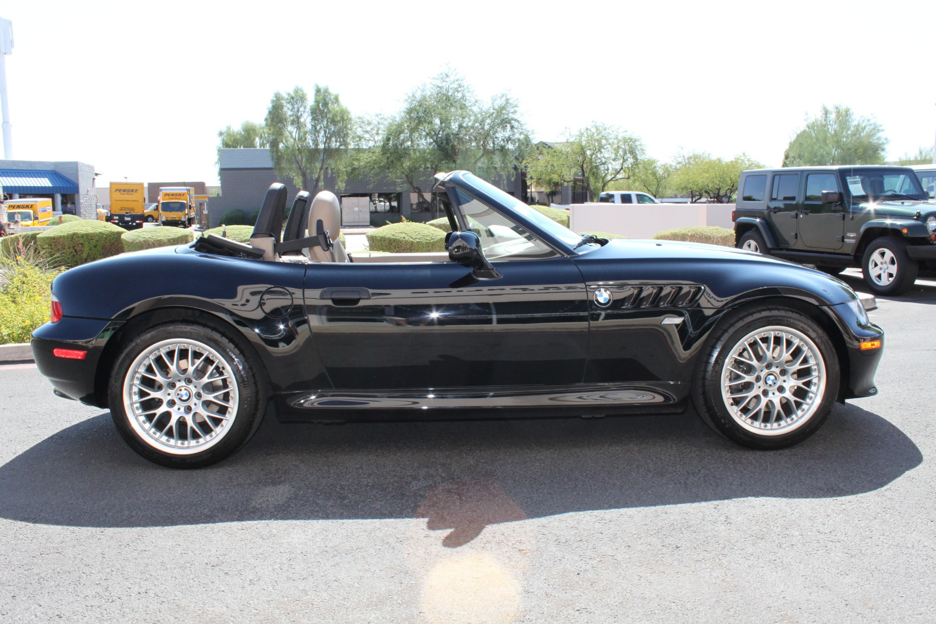Used-2001-BMW-Z3-Roadster-30i-Mercedes-Benz