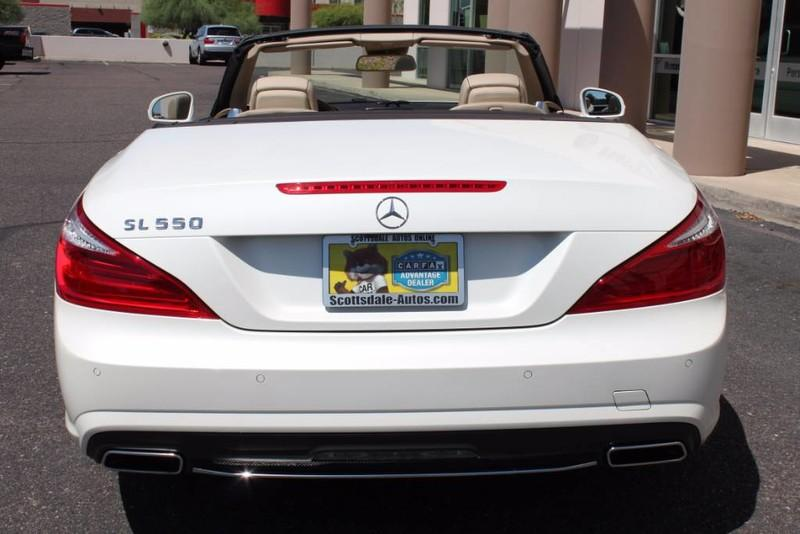 Used-2013-Mercedes-Benz-SL-Class-SL-550-Grand-Cherokee