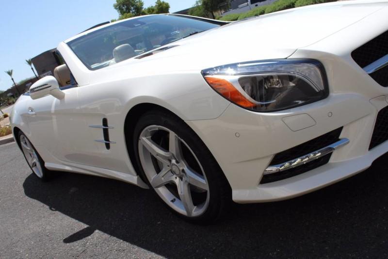 Used-2013-Mercedes-Benz-SL-Class-SL-550-Lincoln
