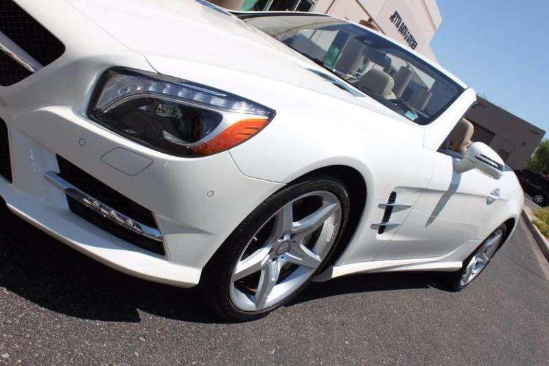 Used-2013-Mercedes-Benz-SL-Class-SL-550-Land-Rover