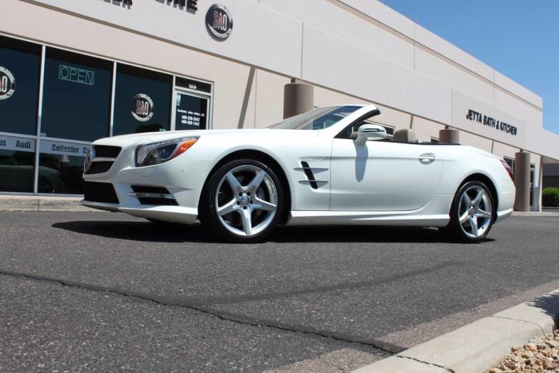 Used-2013-Mercedes-Benz-SL-Class-SL-550-Classic