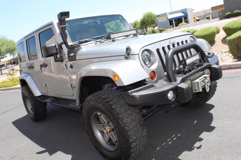 Used-2013-Jeep-Wrangler-Unlimited-Sahara-4X4-Modified-Wrangler