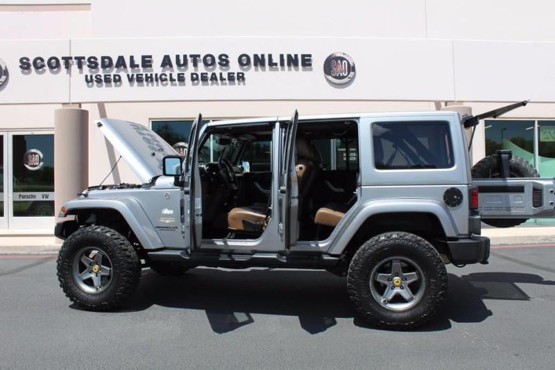 Used-2013-Jeep-Wrangler-Unlimited-Sahara-4X4-Modified-Camaro