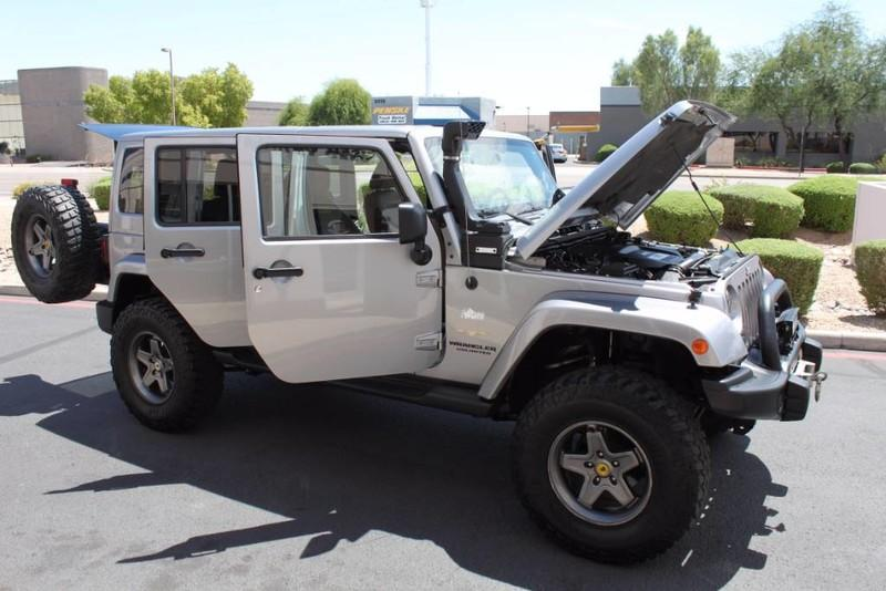 Used-2013-Jeep-Wrangler-Unlimited-Sahara-4X4-Modified-Chalenger