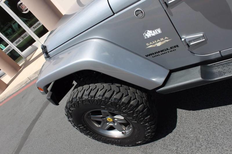 Used-2013-Jeep-Wrangler-Unlimited-Sahara-4X4-Modified-Tesla