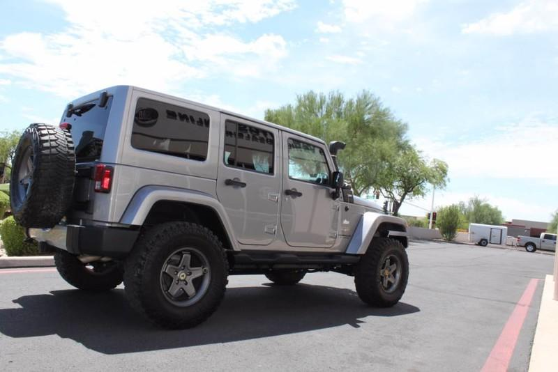Used-2013-Jeep-Wrangler-Unlimited-Sahara-4X4-Modified-Range-Rover