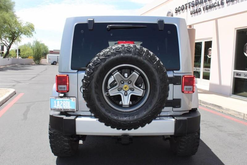 Used-2013-Jeep-Wrangler-Unlimited-Sahara-4X4-Modified-Classic