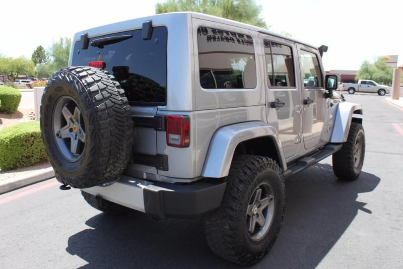 Used-2013-Jeep-Wrangler-Unlimited-Sahara-4X4-Modified-Classic