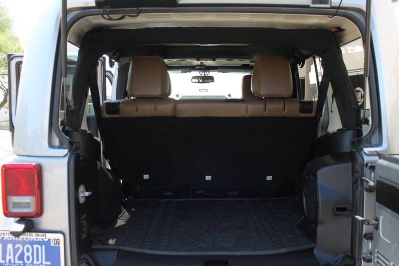 Used-2013-Jeep-Wrangler-Unlimited-Sahara-4X4-Modified-Fiat