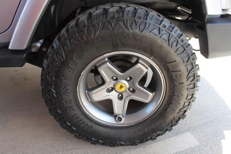 Used-2013-Jeep-Wrangler-Unlimited-Sahara-4X4-Modified-Land-Cruiser