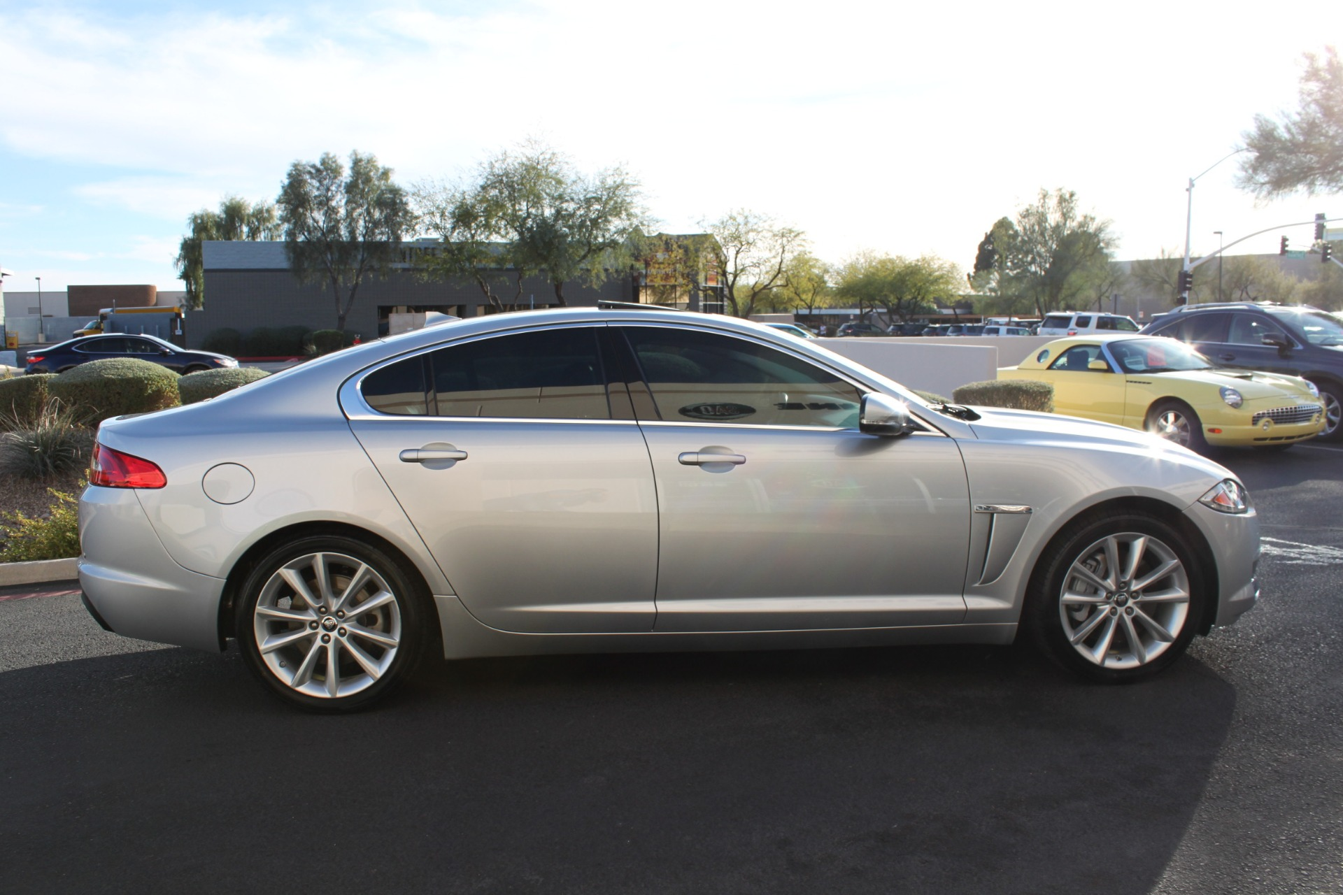Used-2013-Jaguar-XF-I4-RWD-Chrysler