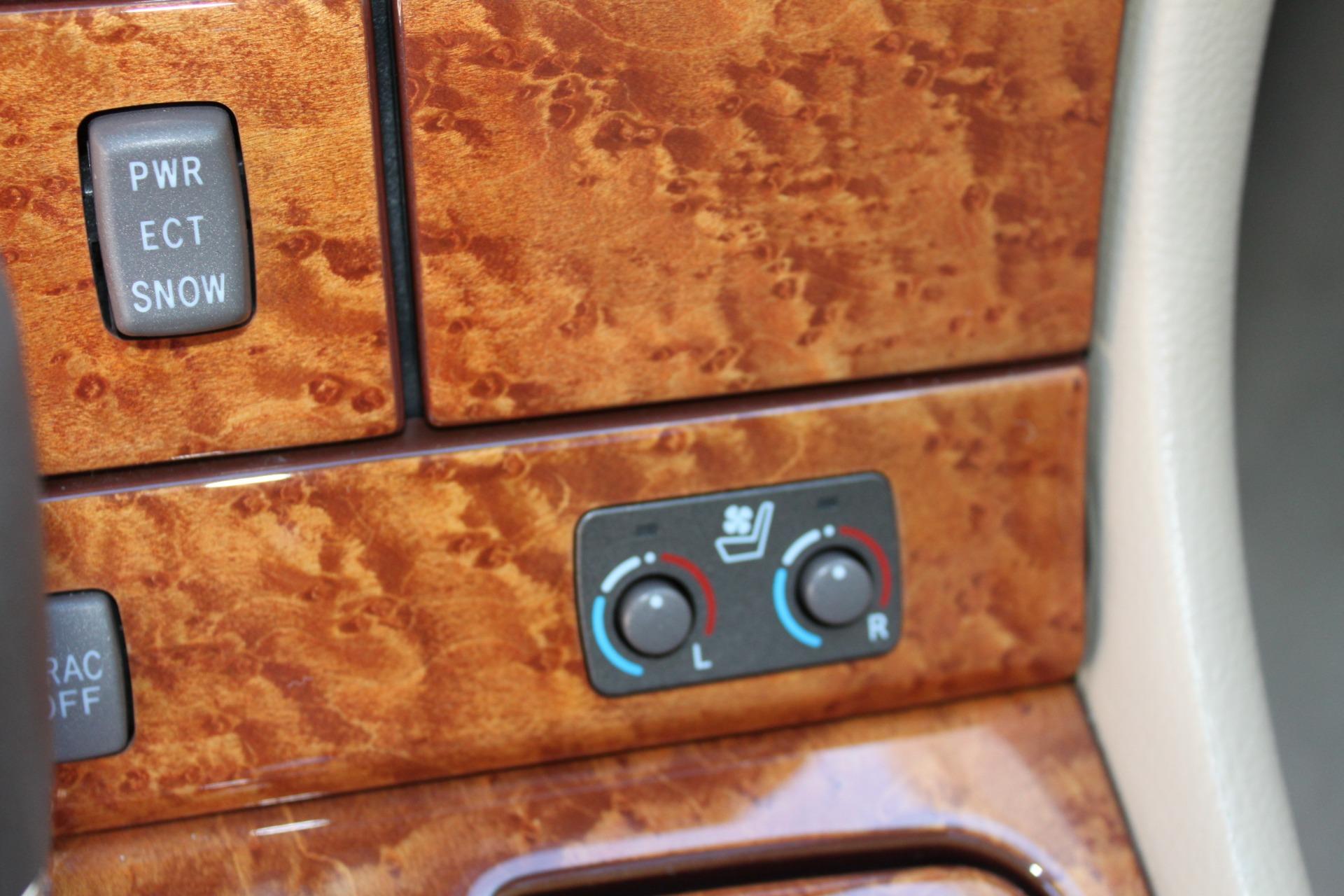 Used-2005-Lexus-LS-430-Jeep