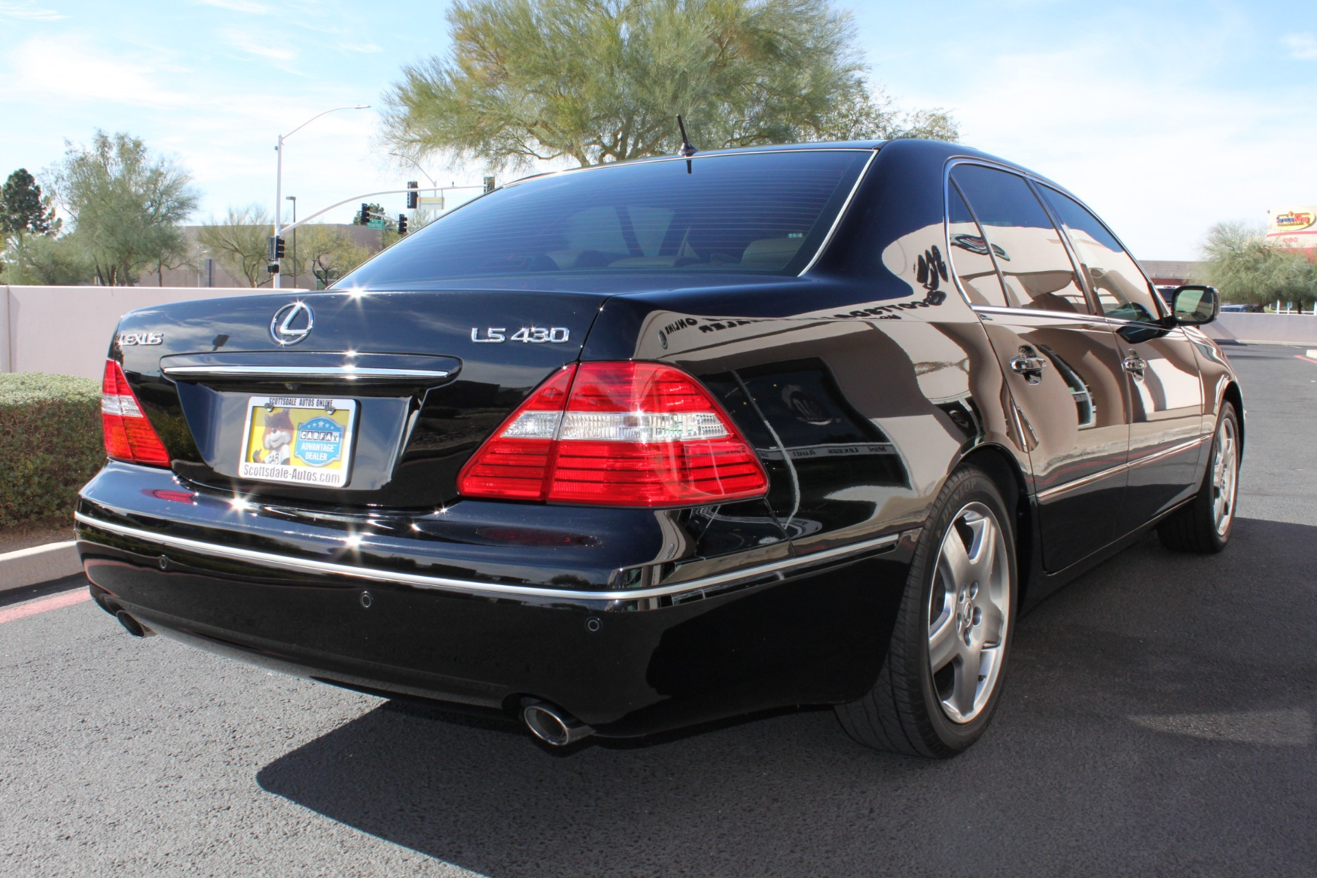 Used-2005-Lexus-LS-430-Collector
