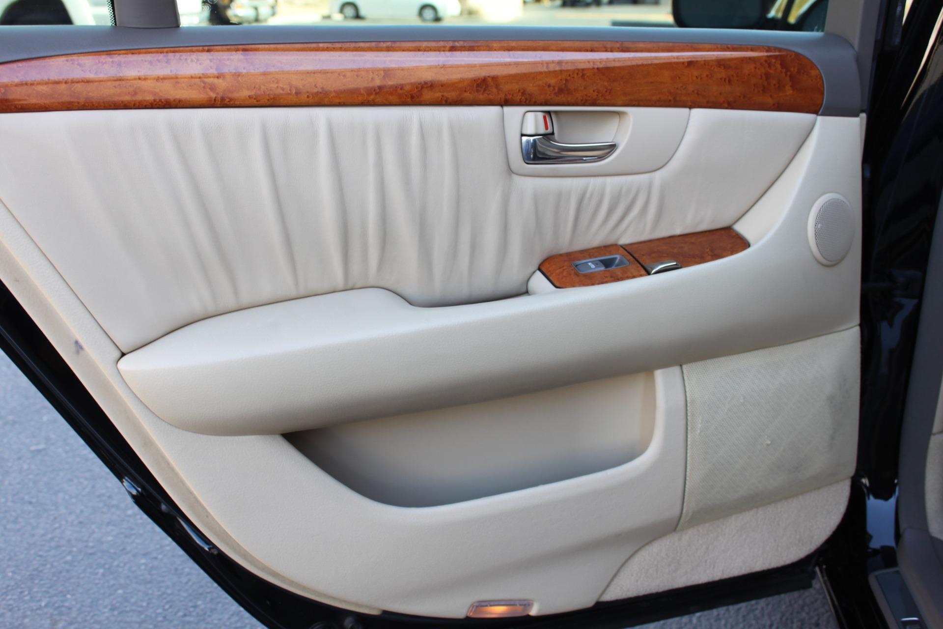 Used-2005-Lexus-LS-430-Wrangler