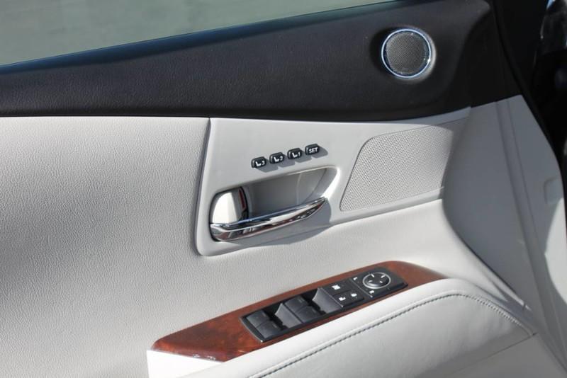 Used-2011-Lexus-RX-350-Mopar