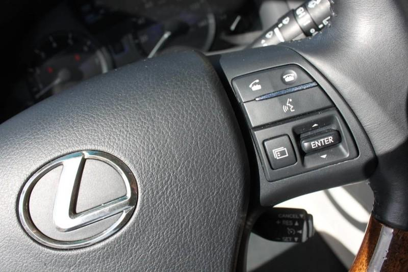 Used-2011-Lexus-RX-350-Collector