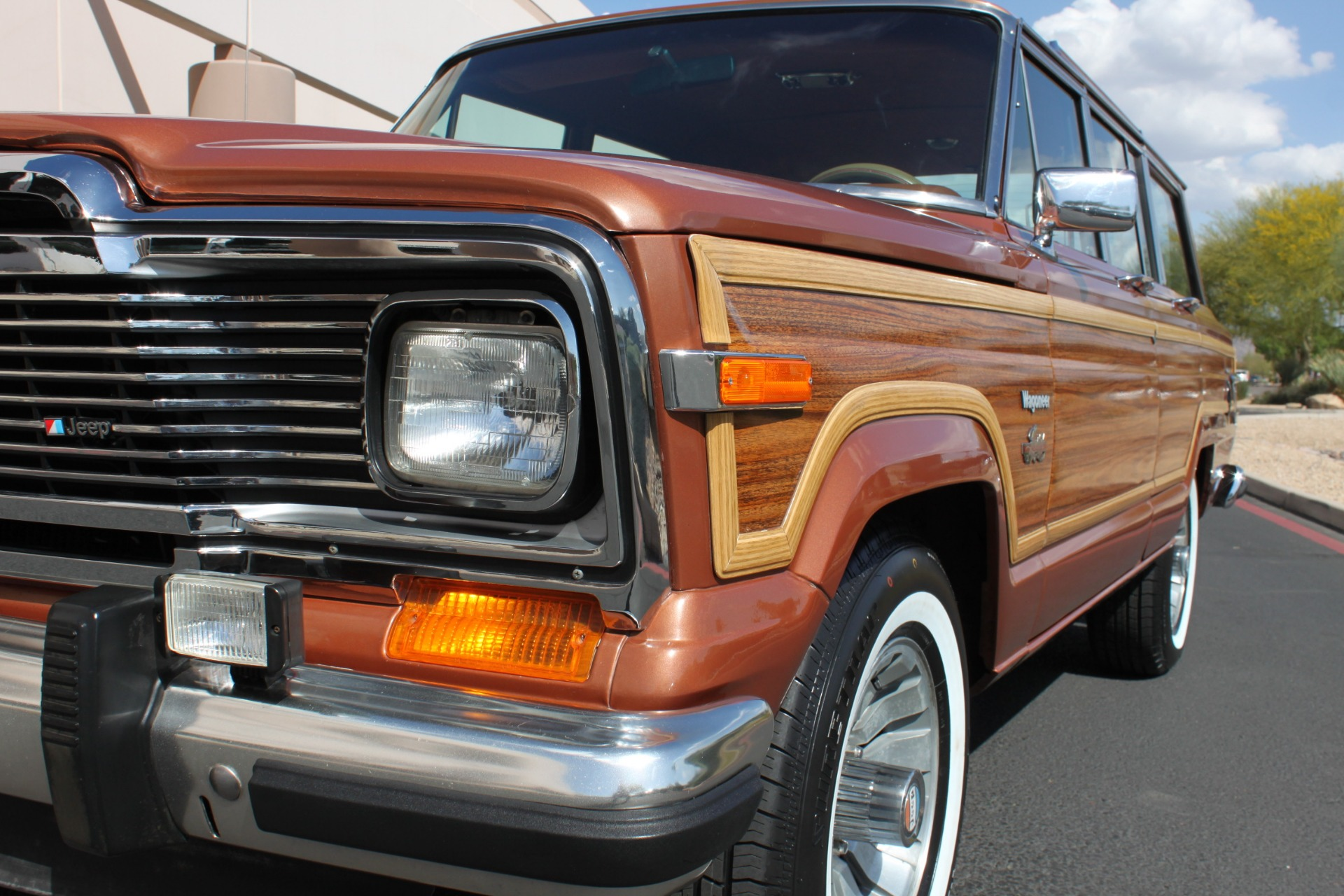 Used-1982-Jeep-Wagoneer-Limited-4WD-Chevelle