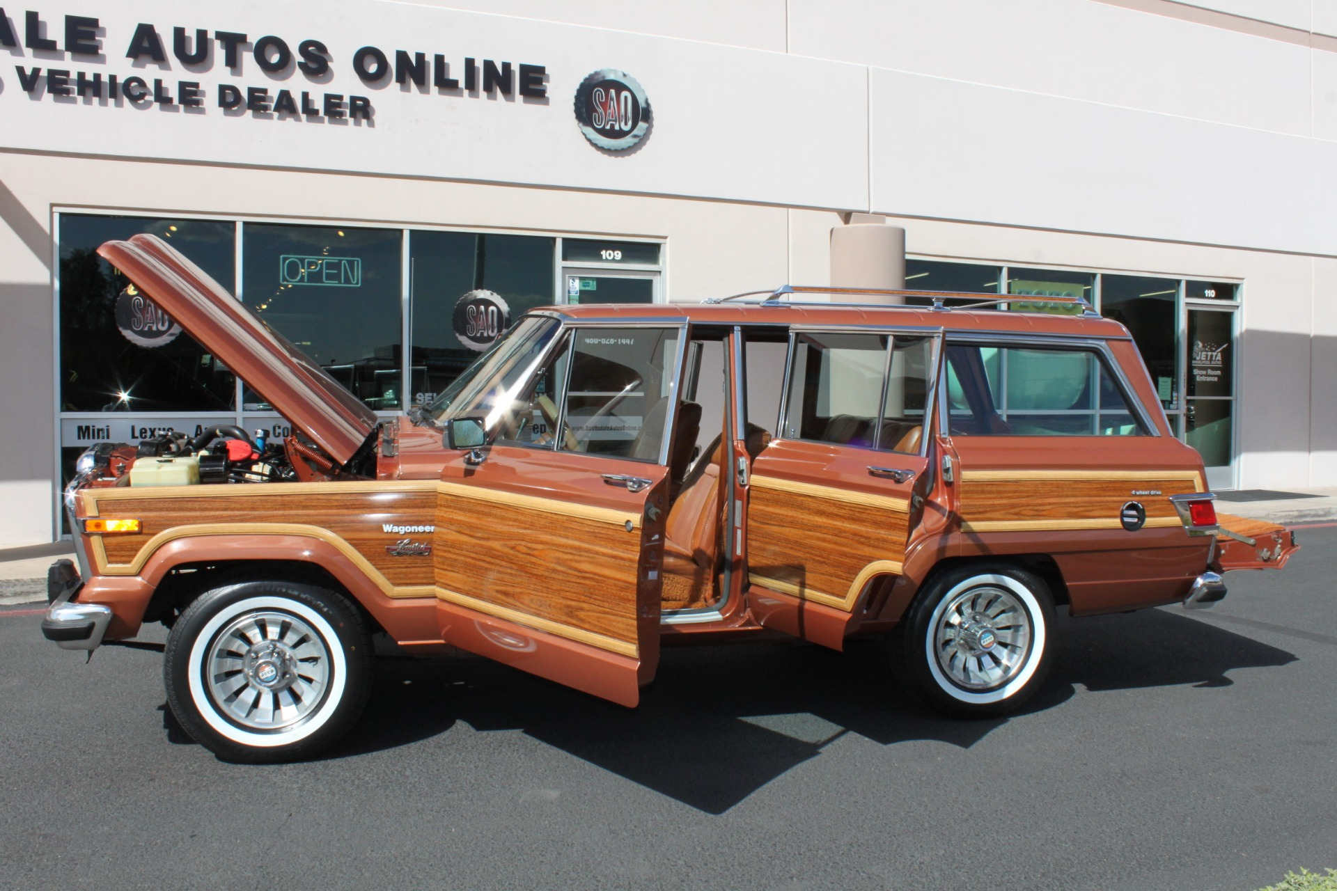 Used-1982-Jeep-Wagoneer-Limited-4WD-Land-Cruiser