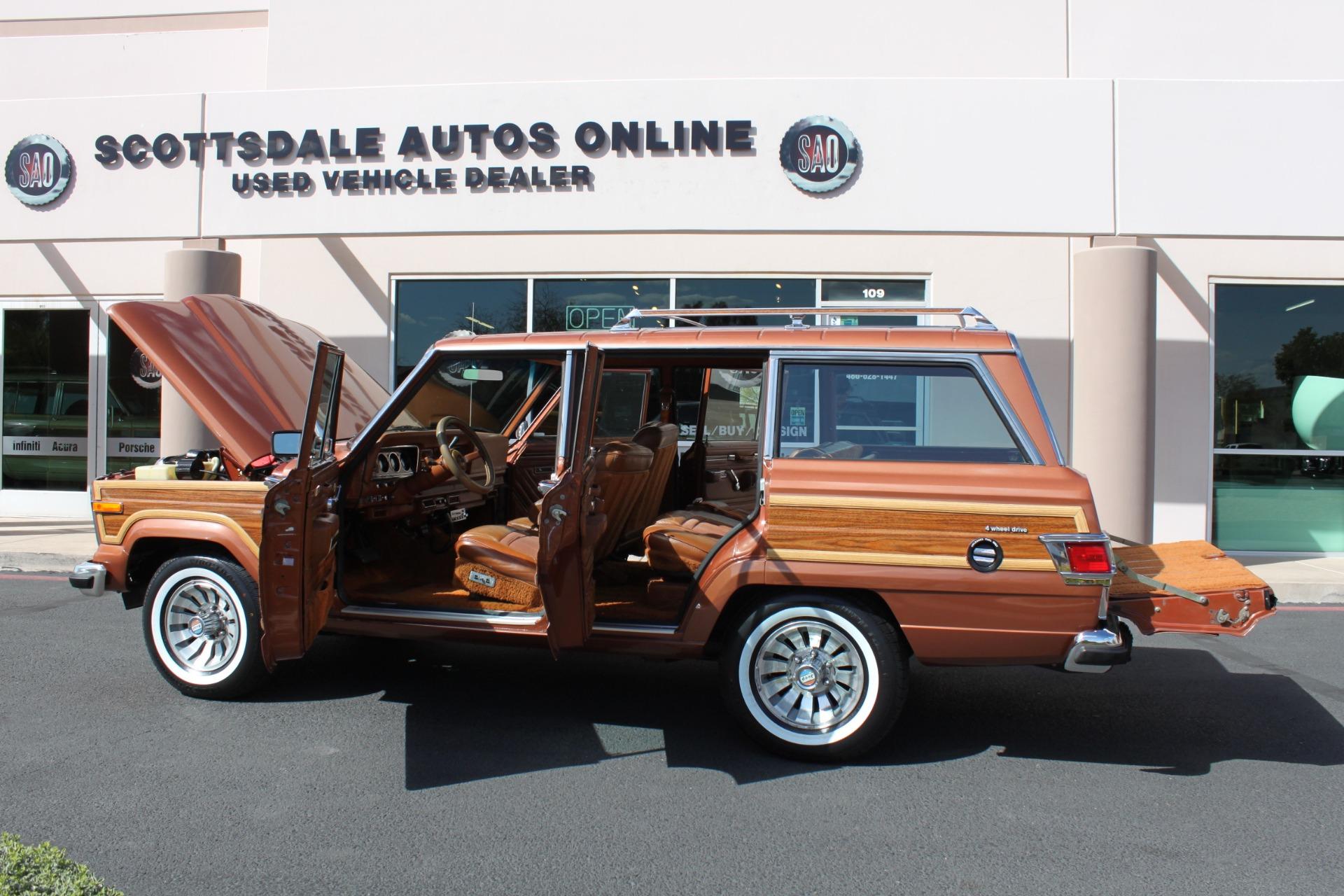 Used-1982-Jeep-Wagoneer-Limited-4WD-Mini