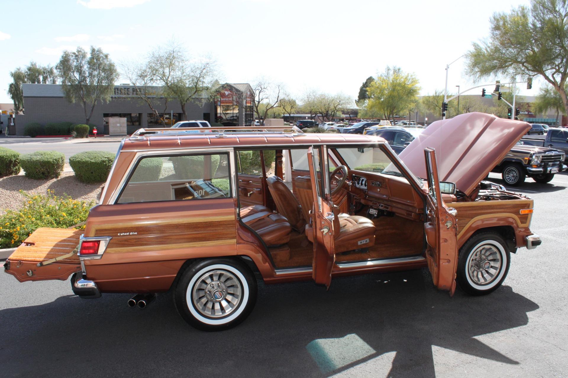 Used-1982-Jeep-Wagoneer-Limited-4WD-Honda