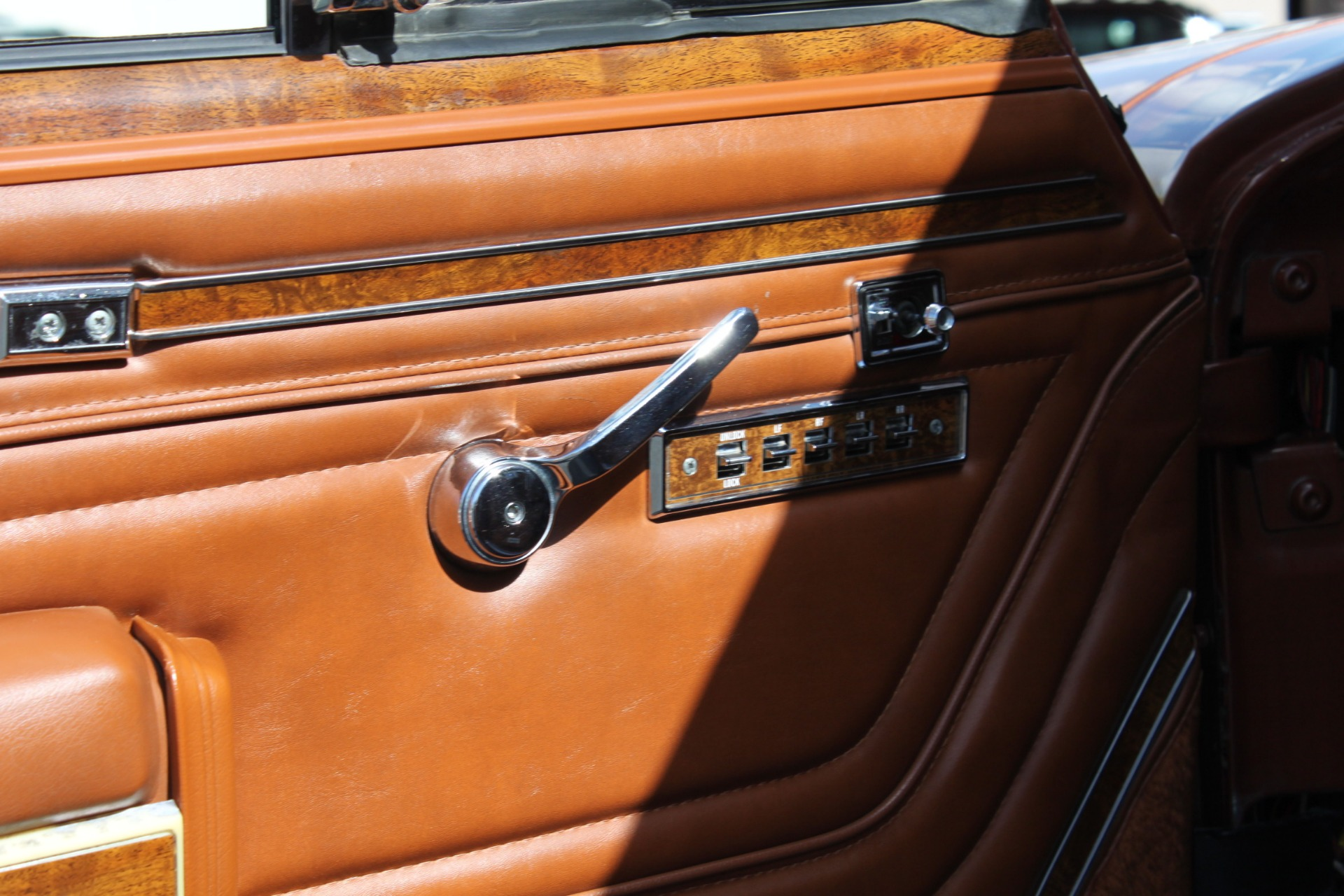 Used-1982-Jeep-Wagoneer-Limited-4WD-Lamborghini