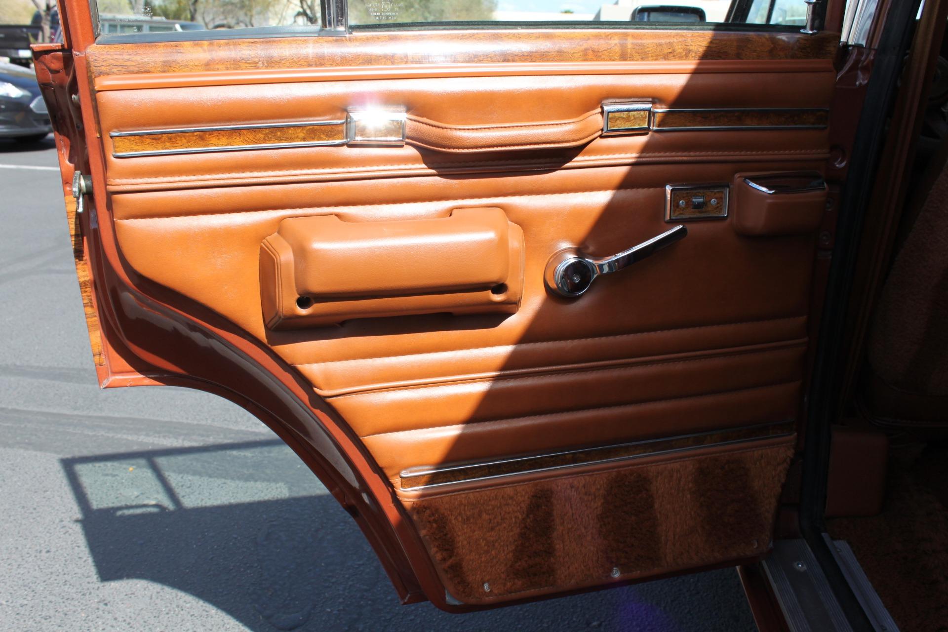 Used-1982-Jeep-Wagoneer-Limited-4WD-Cherokee