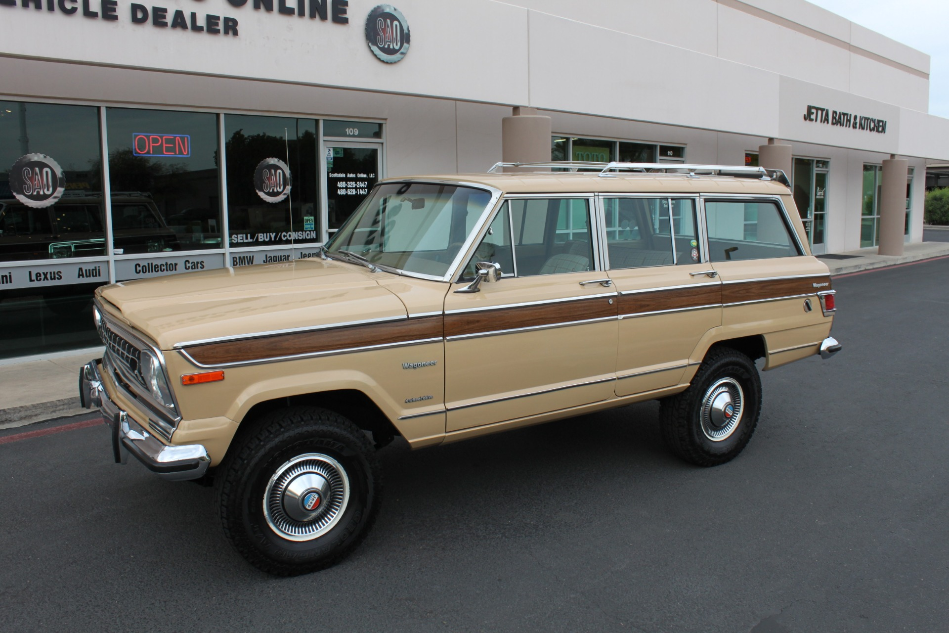 Used-1977-Jeep-Wagoneer-Brougham-Grand-Cherokee