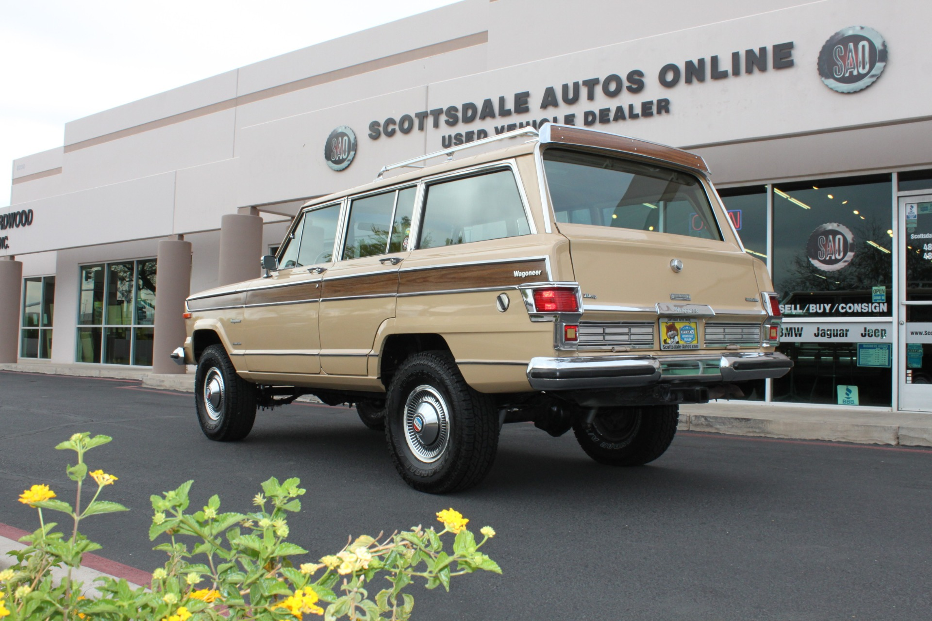 Used-1977-Jeep-Wagoneer-Brougham-4X4-Chevrolet