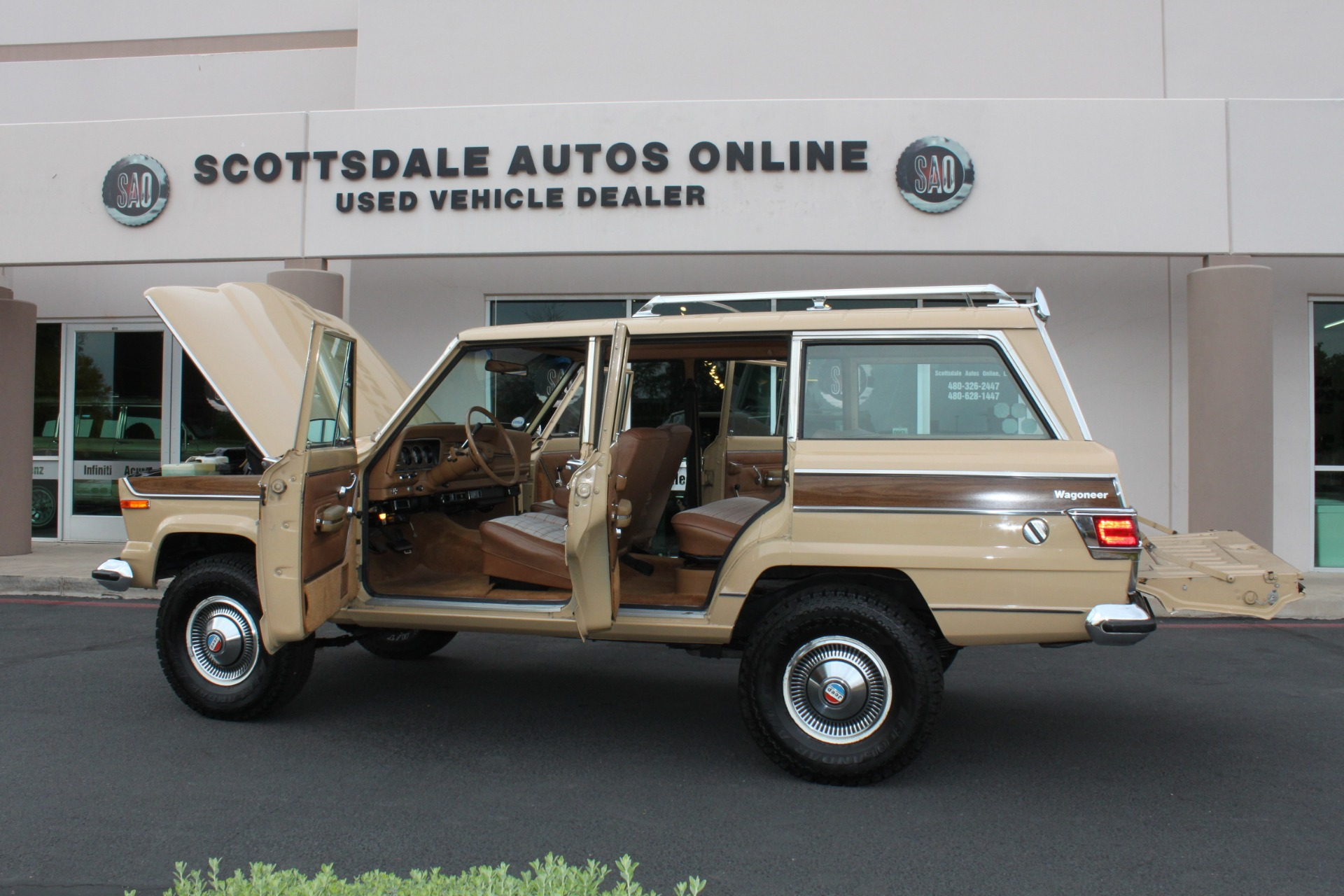 Used-1977-Jeep-Wagoneer-Brougham-Chevelle