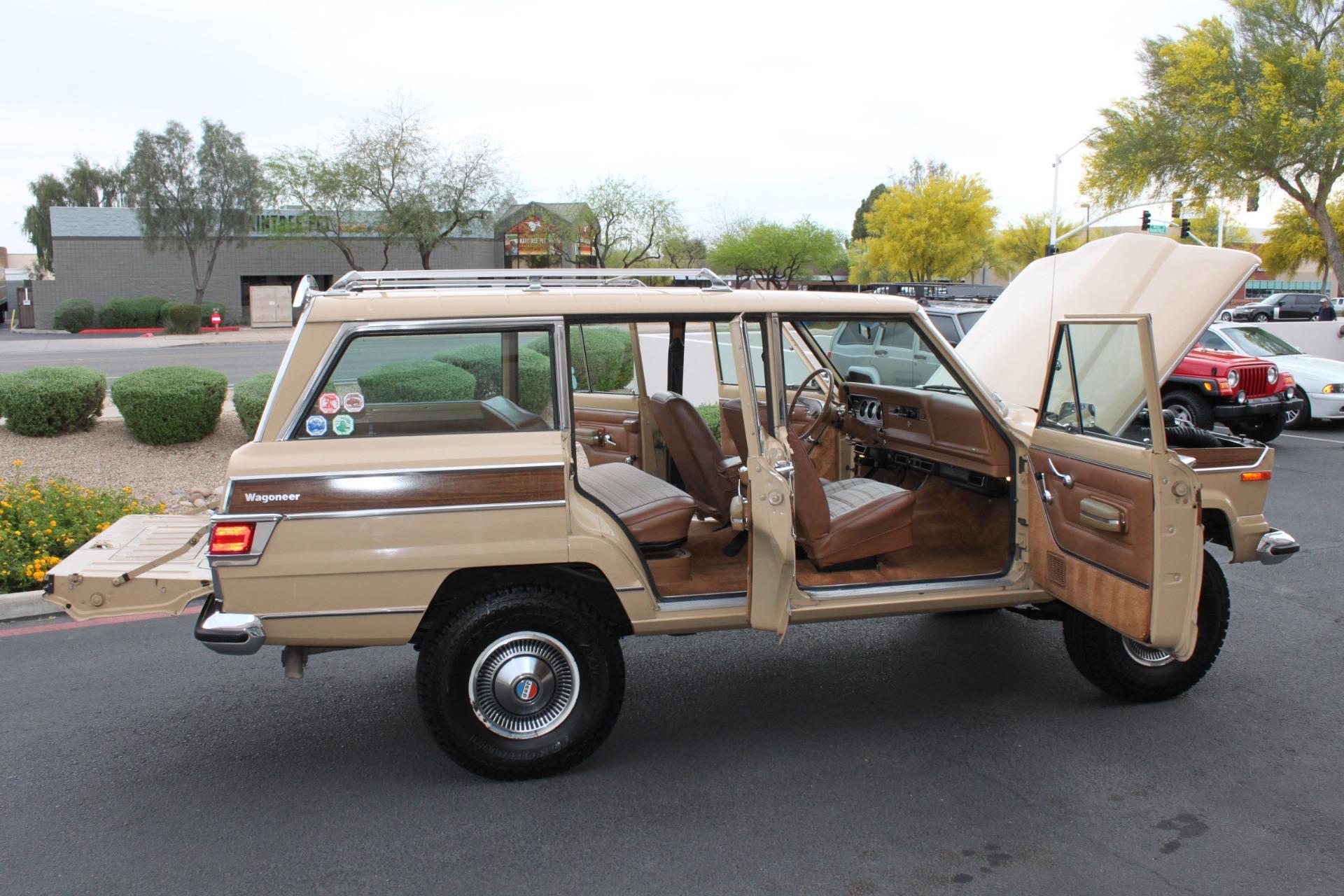 Used-1977-Jeep-Wagoneer-Brougham-Alfa-Romeo