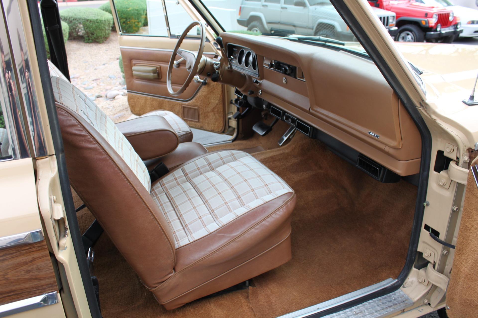 Used-1977-Jeep-Wagoneer-Brougham-BMW