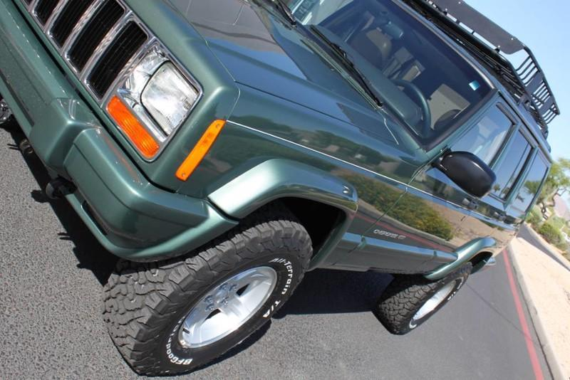 Used-2000-Jeep-Cherokee-Limited-Cherokee