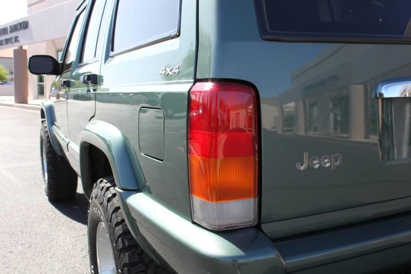 Used-2000-Jeep-Cherokee-Limited-Chevrolet