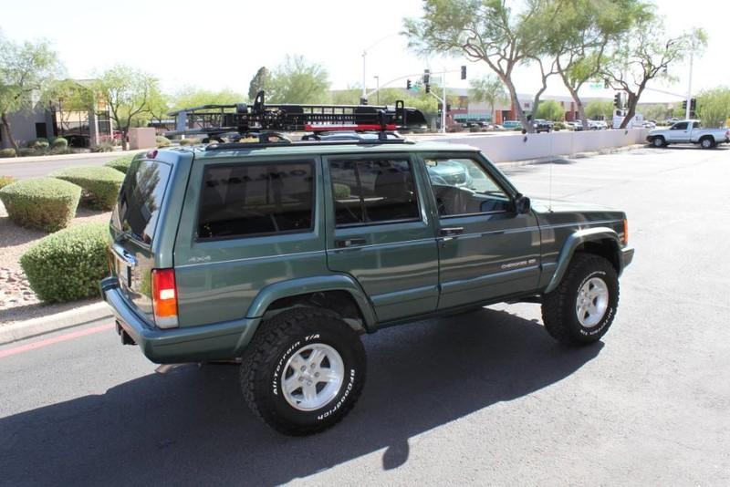 Used-2000-Jeep-Cherokee-Limited-Mini