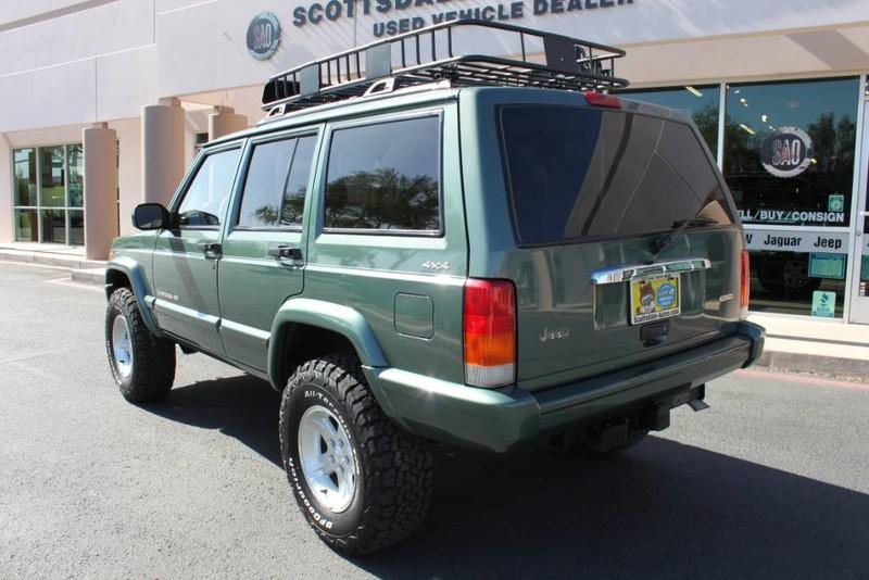 Used-2000-Jeep-Cherokee-Limited-Grand-Wagoneer
