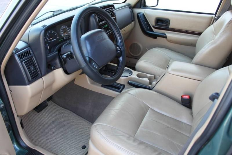 Used-2000-Jeep-Cherokee-Limited-Collector
