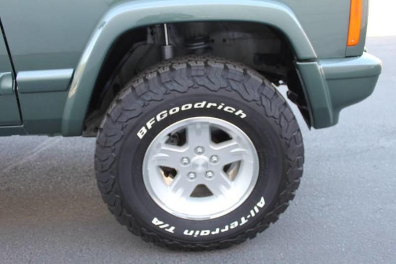 Used-2000-Jeep-Cherokee-Limited-Ford