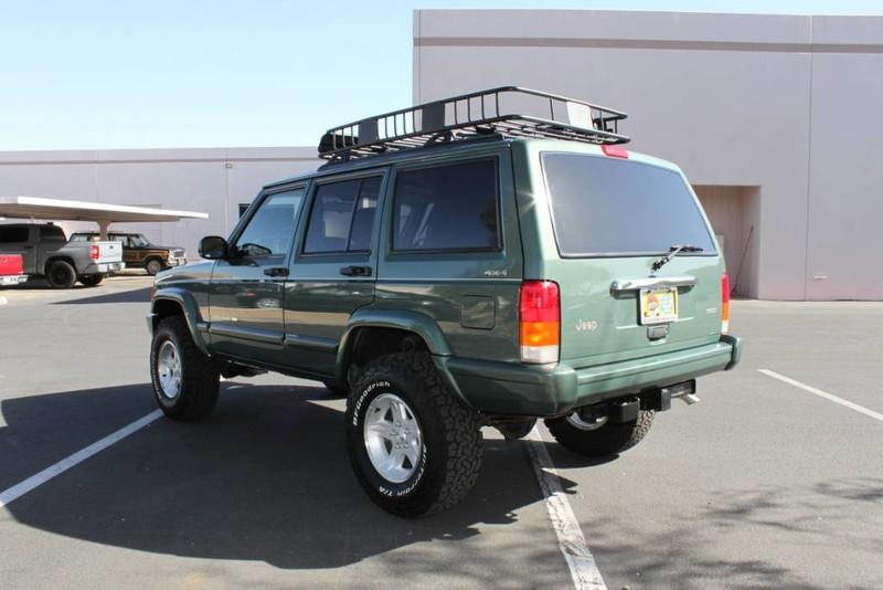 Used-2000-Jeep-Cherokee-Limited-vintage