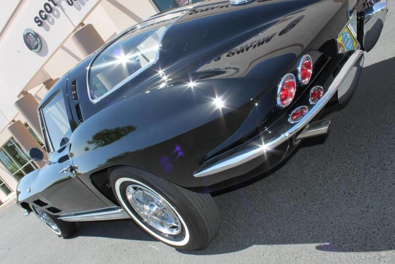 Used-1963-Chevrolet-Corvette-Split-Window-Coupe-Radio-Delete-Ferrari